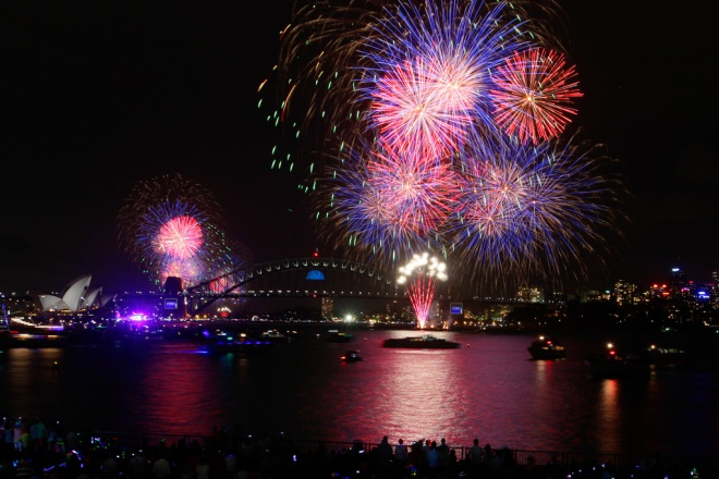 Sydney New Year's Eve 2013 - 'Shine': 9pm Family Fireworks Photograph: Sydney New Year's Eve 2013 - 'Shine'