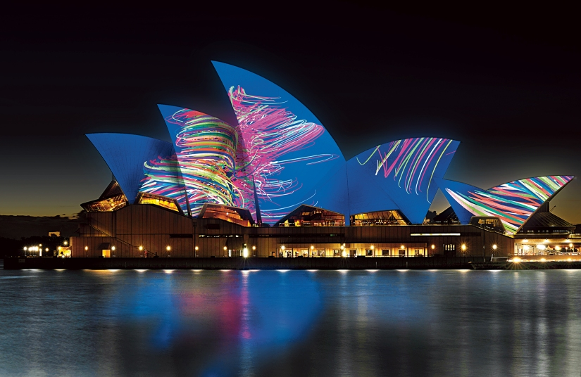 Sydneysiders Urged To Make A Plan For A Safe And Fun Vivid Sydney Experience